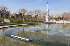 Madrid Río, fountain and obelisk Stock Photo