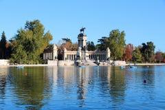 Madrid - Retiro parkerar Arkivbilder