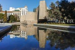 MADRID, SPAGNA - 21 GENNAIO 2018: Monumento a Jorge Juan e Santacilia a Plaza de Colon in città di Madrid Fotografia Stock Libera da Diritti