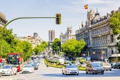 MADRID, SPAGNA 11 SETTEMBRE 2015: La via di Alcala è una del mA Fotografia Stock