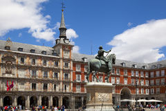 MADRID, SPAIN - MAY 28, 2014: Plaza Mayor and Statue of Philip III in front of his house Royalty Free Stock Photos