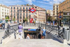 MADRID SPAIN-11 SEPTEMBER, 2015: Tunnelbanastation Royaltyfria Foton