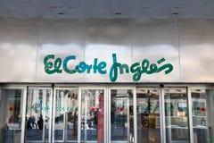 "Madrid/Spanien †""03 03 2019: Shoppinggalleria f?r EL Corte Ingles i Madrid royaltyfri fotografi"