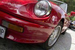 MADRID, SPANIEN - 3. JUNI: Ereignis-Party-altes klassisches Auto Stockfotos