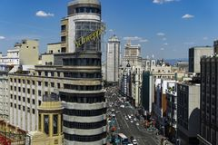 Madrid Spanien Gran via panoramautsikt royaltyfri foto