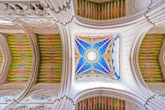 MADRID SPANIEN - 23. JUNI 2015: Kathedrale der Heiliger Maria Lizenzfreies Stockbild