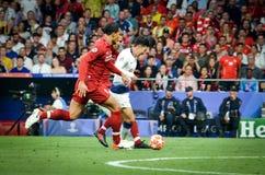 Madrid Spanien - 01 MAJ 2019: Heung-minut son och Virgil van Dijk under den UEFA Champions Leaguefinalmatchen 2019 mellan FC royaltyfri fotografi