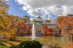 Madrid Spanien - November 24, 2018: Crystal Palace Palacio de Cristal royaltyfri foto