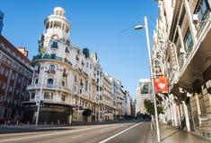 MADRID, SPANJE - Nov. 8, 2015: Mening Gran via - één van de hoofdstraten op 8 November, 2015 in Madrid, Spanje royalty-vrije stock afbeeldingen