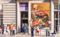 MADRID, SPANJE - SEPTEMBER 26, 2017: Mening van de Royal Palace-bouw Close-up Royalty-vrije Stock Foto