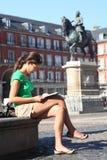 madrid turistkvinna Arkivfoton