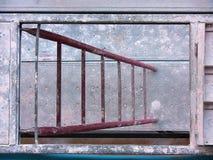 Madrugada de la escalera del andamio fotografía de archivo