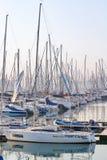 Madrugada en el puerto deportivo del yate en el recinto del puerto de Durban, ofreciendo la embarcación de recreo Fotos de archivo