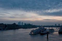 Madrugada en la ciudad de Londres Imagen de archivo libre de regalías