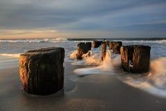 Madrugada en la costa imagen de archivo libre de regalías