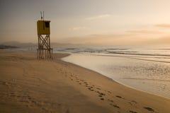 Madrugada en la playa de Sotavento en Fuerteventura, islas Canarias, España imágenes de archivo libres de regalías
