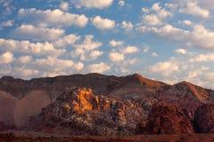Madrugada a lo largo del camino del lavado del fango, mota del oro, Nevada Imagen de archivo libre de regalías
