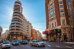 Madryt Hiszpania, Czerwiec, - 4, 2013: Widok główna ulica Gran Przez Madryt Zdjęcia Royalty Free