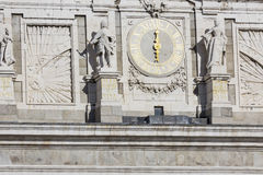 MADRYT HISZPANIA, GRUDZIEŃ, - 06, 2014: Royal Palace w Madryt Zdjęcie Stock