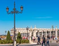 MADRYT HISZPANIA, WRZESIEŃ, - 26, 2017: Widok rocznik latarnia uliczna Odbitkowa przestrzeń dla teksta Zdjęcie Royalty Free