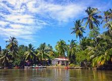 Madu Ganga River-dorp royalty-vrije stock fotografie