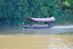 mae砰河巡航旅行船  库存照片