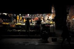 Mae gim heng夜市场在呵叻,泰国 免版税库存照片