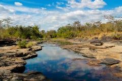 Mae Khong-Flussbank an Thailand- und Laos-Grenze Lizenzfreies Stockbild