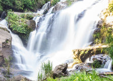 Mae Klang Waterfall em Chiang Mai Province, Doi Inthanon Tailândia Imagens de Stock Royalty Free