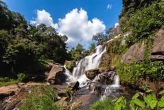 Mae Klang-waterval bij het Nationale Park van Doi Inthanon, Chiangmai, Th Royalty-vrije Stock Afbeeldingen