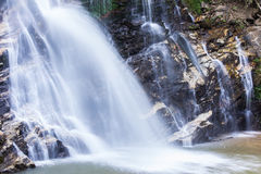 Mae Tia瀑布, Ob肺国家公园在Chiangmai泰国 图库摄影