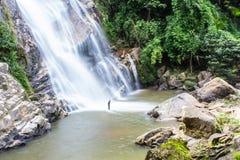 Mae Tia-waterval, Ob-Long nationaal park in Chiangmai Thailand Stock Foto