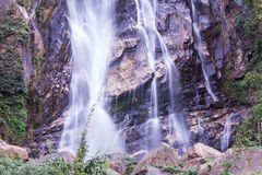Mae Tia-waterval, Ob-Long nationaal park in Chiangmai Thailand Stock Foto's