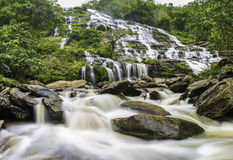 Mae Ya vattenfall Arkivfoton