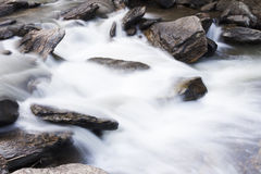 Mae Ya-Wasserfall 03 Lizenzfreie Stockbilder