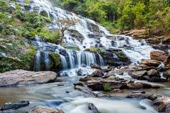 Mae Ya-Wasserfall an Nationalpark Doi Inthanon lizenzfreies stockbild