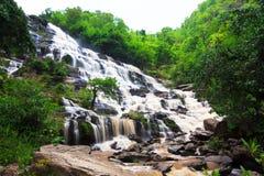 Mae Ya Waterfall Stockfotos