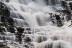 Mae Ya Waterfall, Chiangmai, Tailândia Fotografia de Stock Royalty Free