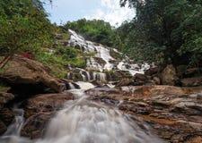 Mae Ya Waterfall, het Nationale Park van Doi Inthanon, Chiang Mai, Thaila royalty-vrije stock afbeelding