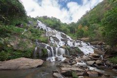 Mae Ya Waterfall, il posto popolare in Chiang Mai, Tailandia Fotografia Stock
