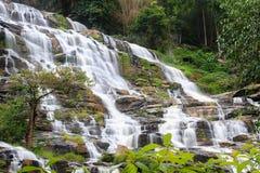 Mae Ya Waterfall ' Thailand Lizenzfreie Stockbilder
