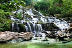 Mae Ya Waterfall, Thailand Lizenzfreies Stockbild