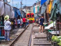 Maeklong-Markt, Samutsongkram, Thailand Lizenzfreie Stockfotos