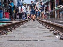 Maeklong-Markt, Samutsongkram, Thailand Stockbild