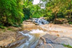maesa Wasserfall an maerim chaingmai Nord-Thailand Stockfotos
