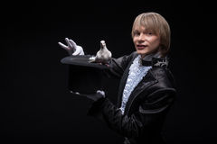 Maestría consumada del mago Fotografía de archivo libre de regalías