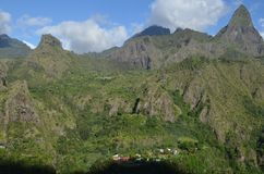 Mafate vulkanisk caldera i ön av Réunion arkivbilder