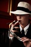Mafia-sporgenza femminile Fotografie Stock Libere da Diritti