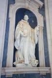 Mafra slott - staty av St Bernard arkivfoton