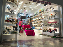 Magasin de chaussures de dames Image libre de droits